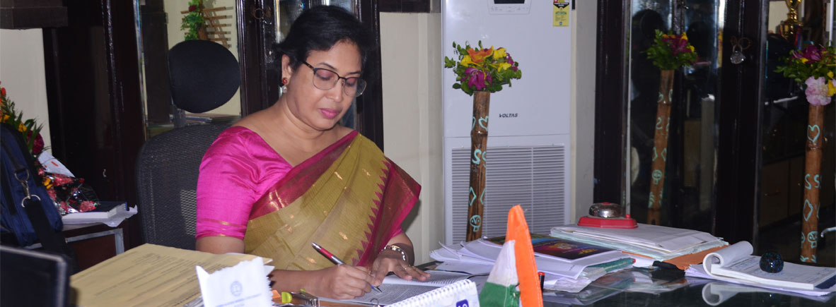 Dr. JayasreeLaha, Principal, Raja Narendra Lal Khan Women's College Re-accredited with grade 'A' by NAAC